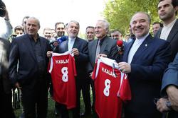 مردم انتظار دارند تیم ملی فوتبال قهرمان آسیا شود