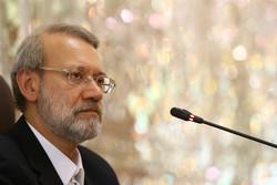 لاريجاني: لضرورة كشف ملابسات حدث مطار تبليسي من قبل لجنة الأمن القومي
