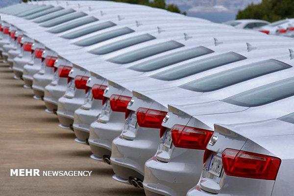 دپوی ۱۴ هزار دستگاه خودروی وارداتی در گمرک و مناطق آزاد