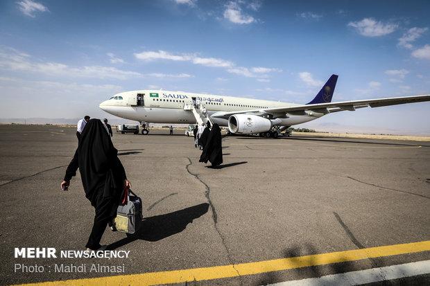 توجه الزوار الإيرانيين إلى السعودية  لاداء منسك الحج/صور
