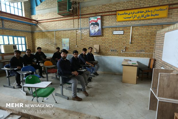 ۹۳۷ نفر در مراکز فنی و حرفهای دهلران آموزش دیدند