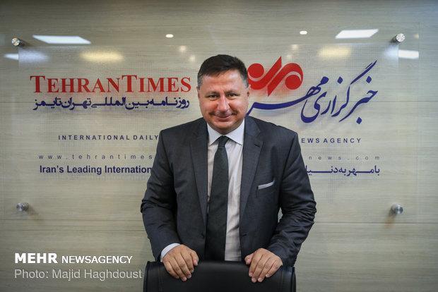 Bulgarian envoy tours Mehr News HQ