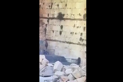 سقوط حجر من حائط البراق في الأقصى بسبب الحفريات الاسرائيلية