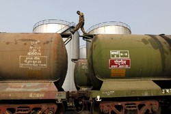 Germany vows Iran-India oil deals despite US pressures