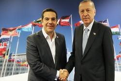 اردوغان با نخستوزیر یونان گفتگو کرد/آمادگی آنکارا در کمک به یونان