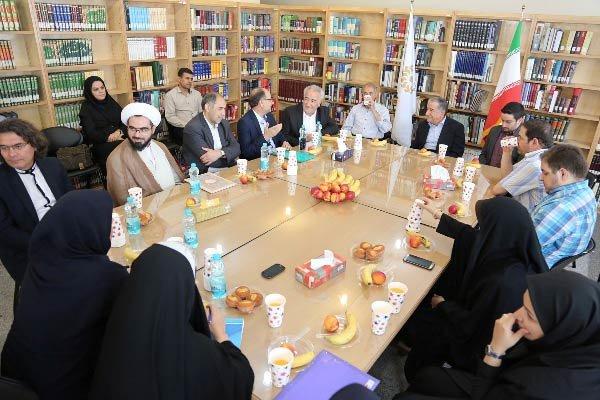 کتابخانه عراقچی در تهران بازگشایی شد