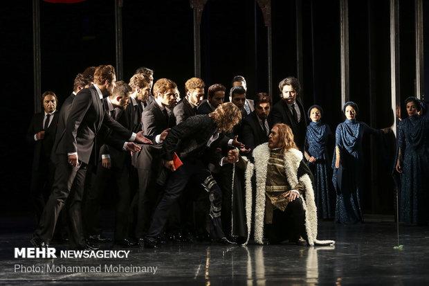 Richard III adaption staged in Tehran