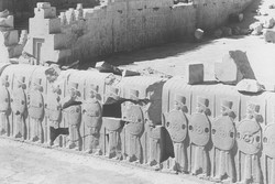 A 1933 photograph of an excavation of the ruins of Persepolis in Iran. The bas-relief of a soldier from these ruins, which was seized at a Manhattan art fair last year, was ordered to be returned to Iran on July 23, 2018.
