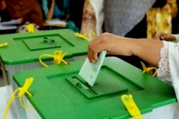 پاکستان میں قومی اسمبلی اورصوبائی اسمبلی کی دودو نشستوں پرپولنگ جاری