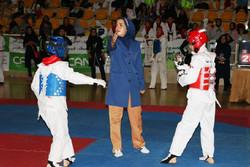 مسابقات تکواندوی بانوان استان مرکزی در اراک برگزار شد