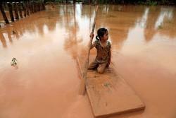 Laos'taki baraj faciasından kareler