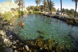 """السباحةفي """"العين الخضراء"""" بمحافظة هرمزكان الخلابة/صور"""