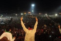 عمران خان؛ ستاره کریکتی که نخست وزیر پاکستان میشود
