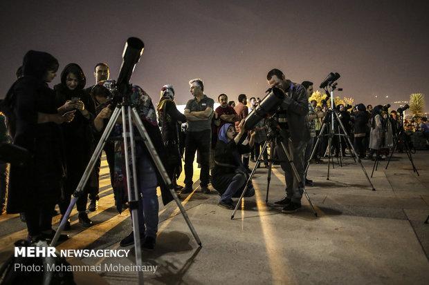 ماه گرفتگی ۵ مرداد ۱۳۹۷ (۲۷ جولای ۲۰۱۸) یکی از خاصترین رویدادهای نجومی سالهای اخیر بوده است - محمد مهیمنی