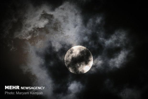 ماه گرفتگی ۵ مرداد ۱۳۹۷ (۲۷ جولای ۲۰۱۸) یکی از خاصترین رویدادهای نجومی سالهای اخیر بوده است - مریم کامیاب