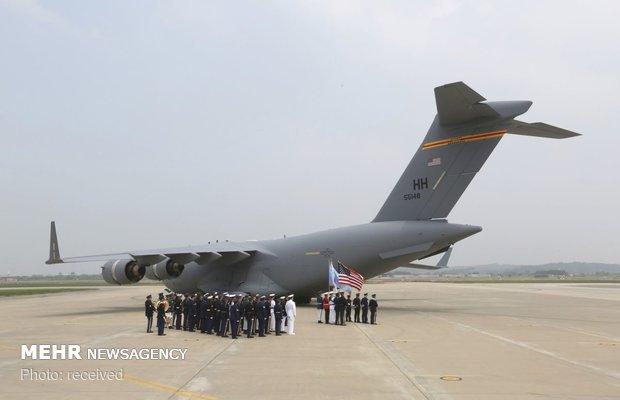 تحویل بقایای اجساد سربازان آمریکایی