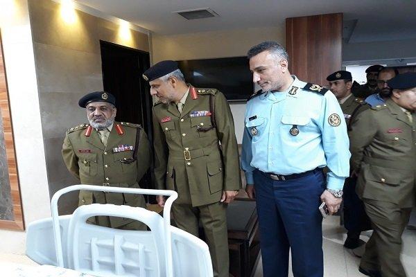 هيئة الخدمات الطبية التابعة لجيش سلطنة عمان يزور مستشفى تابع للجيش الايراني
