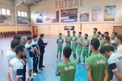 حضور محمدرضا ساکت در تمرین تیم ملی فوتسال