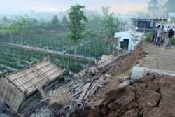 وقوع زمین لرزه ۶.۳ ریشتری در اندونزی و زلزله ۸.۲ ریشتری در فیجی