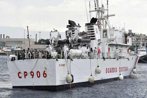 الاحتلال يعترض سفينة ثانية لناشطين ضد حصار غزة