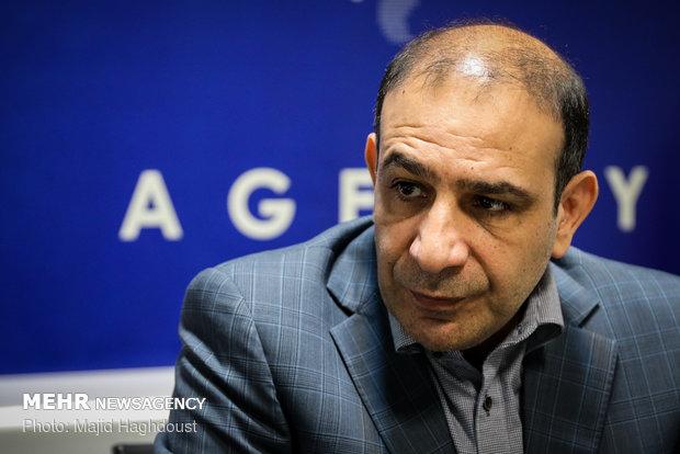 تعامل با سایر نهادها، ملاک انتخاب شهردار/آرای هاشمی رو به رشد است