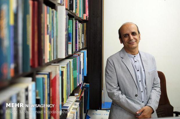 چرا دانش علوم اجتماعی در ایران حضور مقتدرانه ندارد؟