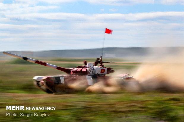 مسابقه تانک بیاتلون در روسیه