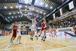 ایران اور لبنان کی باسکٹبال ٹیموں میں مقابلہ