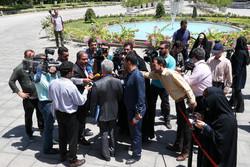 اعضای هیات دولت در جمع خبرنگاران