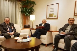 Iranian FM Zarif arrives in Singapore