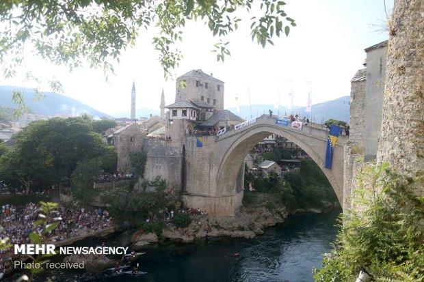 شیرجه از بالای پل در بوسنی