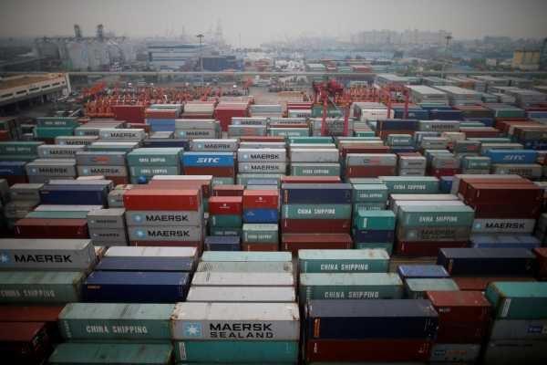 آسیب ممنوعیتهای یکشبه به صادرات/دولت قوانین را رعایت نمیکند