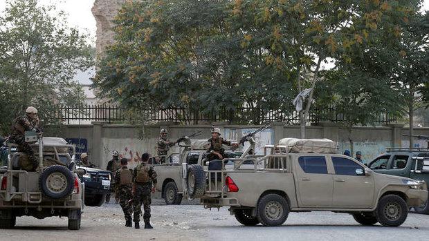 """قيادي و150 مسلحا في """"داعش"""" يسلمون أنفسهم في أفغانستان"""