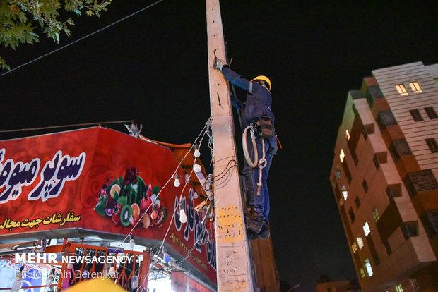 جمعآوری تابلوهای غیرمجاز در محمدشهر/ادعای خسارت برخی مغازهداران