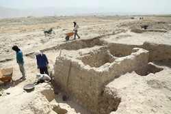 Ancient mosque unearthed in southwest Iran