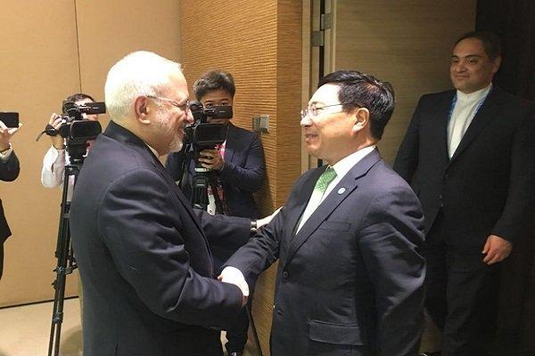 ایران اور ویتنام کے وزراء خارجہ کی ملاقات