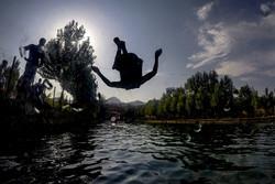 السباحة في متنزه كان لملوك السلالة القاجارية /صور
