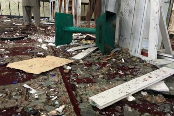 افغانستان کی شیعہ جامع مسجد میں  وہابی دہشت گردوں کےخودکش  حملے میں25 افراد شہید