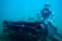 انتقال تانک های قدیمی ارتش لبنان به زیر آب