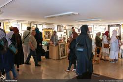 100 Works, 100 Artists