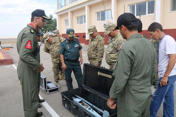 Kazakh defense min. meets Iranian drone team
