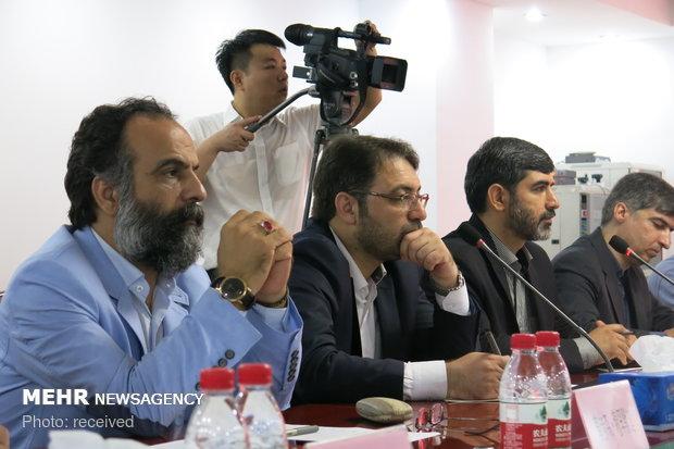 Mehr News, Tehran Times delegation visits China