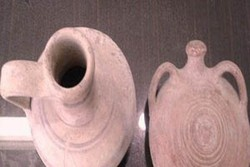 Sassanid-era potteries seized in southern Iran