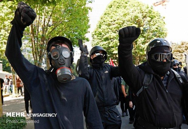 احتجاجات الشارع الامريكي ضد سياسات ترامب الفاشية