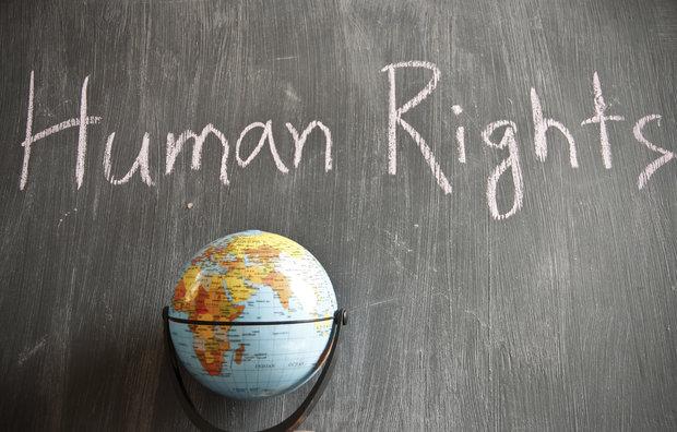 حقوق بشر با بوی قرمه سبزی!
