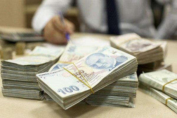 Dolar/TL güne 5.30 sınırında başladı