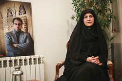 «خبرنگار تراز انقلاب» در شبکه افق/ یاد رضا مقدسی زنده می شود