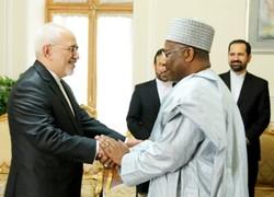 ظريف يستقبل الأمين العام الجديد لاتحاد برلمانات الدول الإسلامية