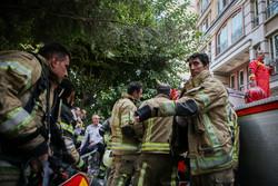 آتش سوزی در برج بهار تهران/ یک فوتی و دو مصدوم