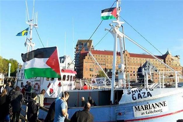"""انطلاق """"المسير البحري"""" الخامس من غزة لكسر الحصار"""